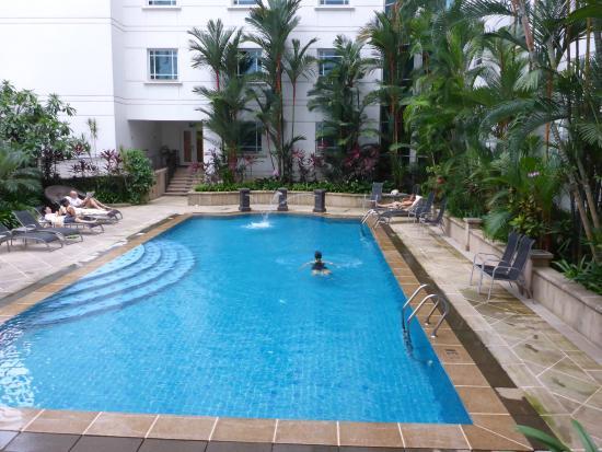 rendezvous-hotel-singapore